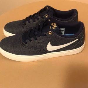 Nike Shoes - NIKE SB Men's Check Solarsoft Canvas Blue NEW